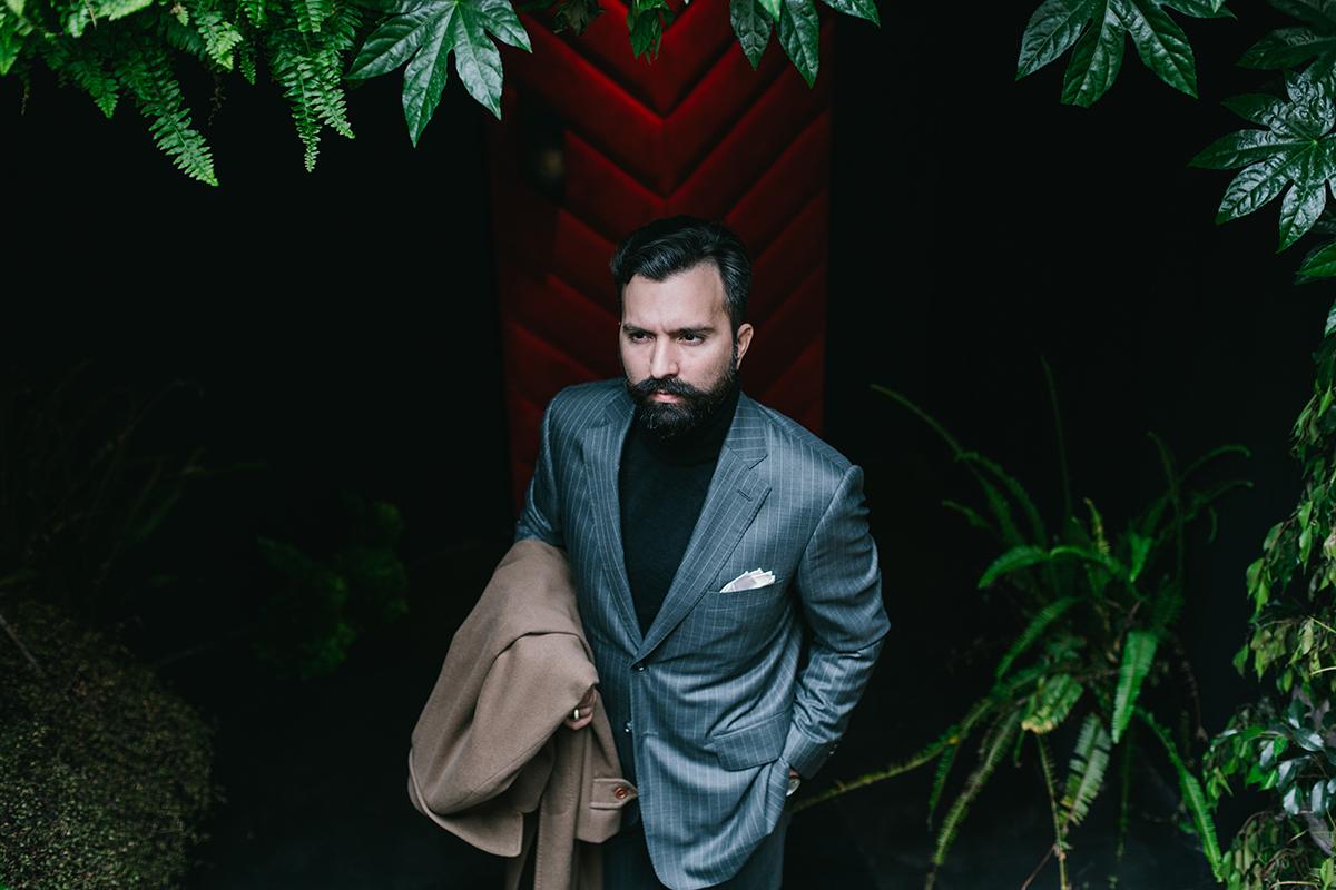 black turtleneck, grey pinstripe suit, sweater, men, man, Μιχαήλ Ανδρουλιδάκης, Michail Androulidakis, It's a MAN's Class, brown mon strap shoes, χειροποίητα παπούτσια, men's style, tips,