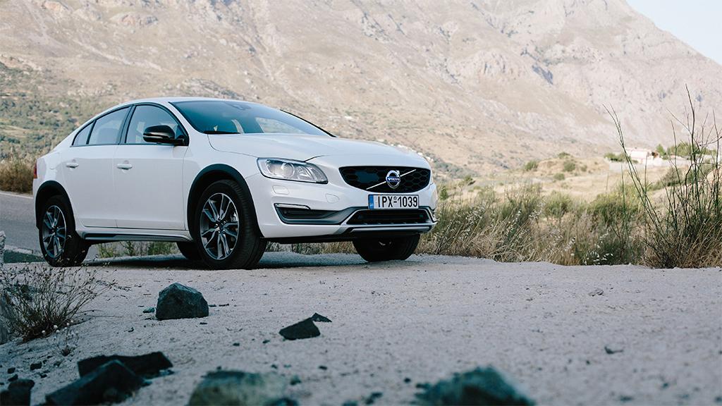 Volvo_S60_itsamansclass_crete-13